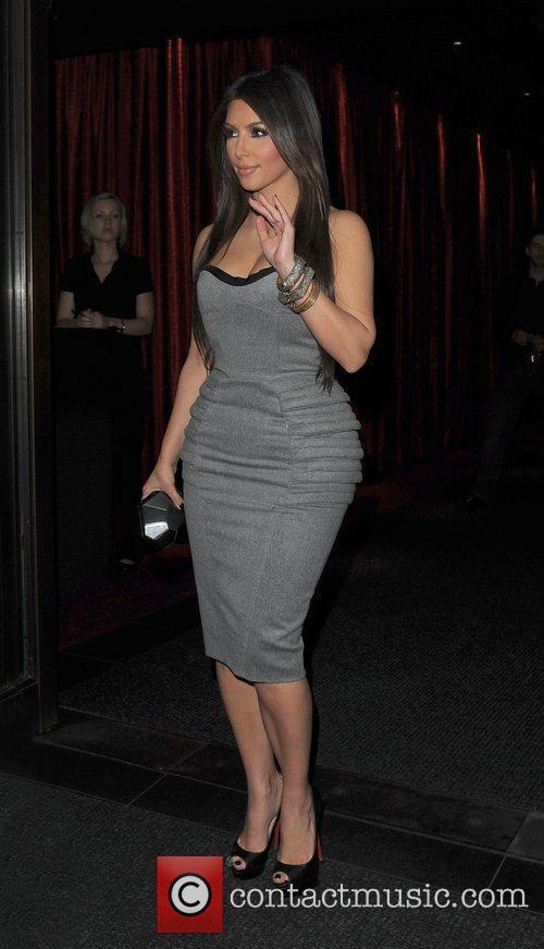 Kim Kardashian, Aqua and Leaves 16