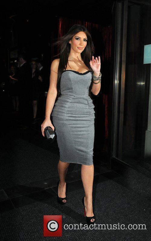 Kim Kardashian and Aqua 5