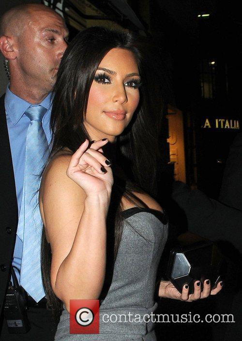 Kim Kardashian and Aqua 3