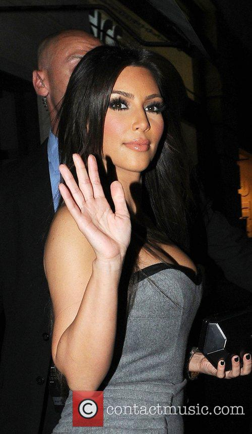 Kim Kardashian and Aqua 7