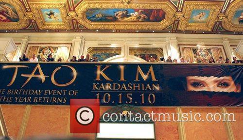 Atmosphere, Kim Kardashian and Las Vegas 1