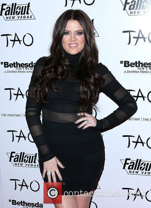 Khloe Kardashian, Kim Kardashian and Las Vegas 6