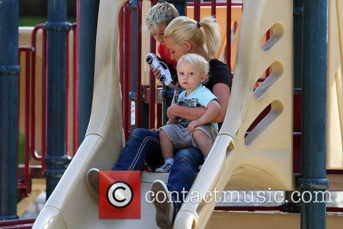 Kingston and Zuma Rossdale enjoy some time at...