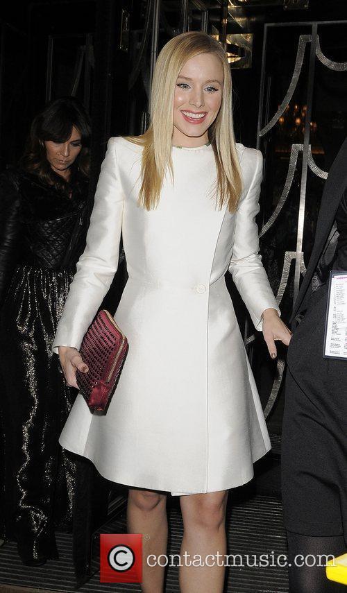 Star of Burlesque Kristen Bell leaving her hotel.