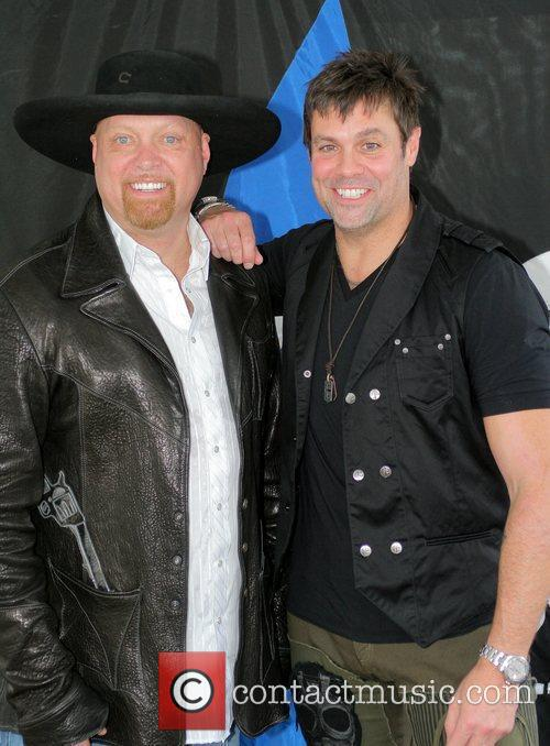 Eddie Montgomery and Troy Gentry 6