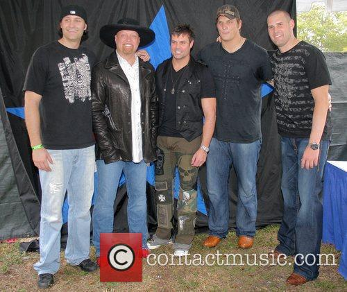 Tyler Ecker, Eddie Montgomery and Troy Gentry 2