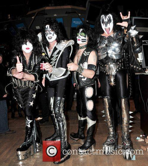 Paul Stanley, Eric Singer, Tommy Thayer and Gene Simmons 6