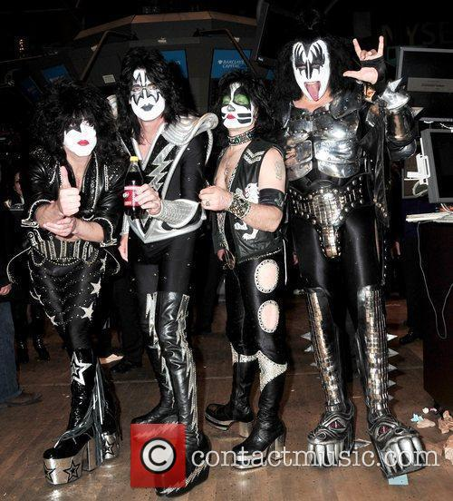 Paul Stanley, Eric Singer, Tommy Thayer and Gene Simmons 4