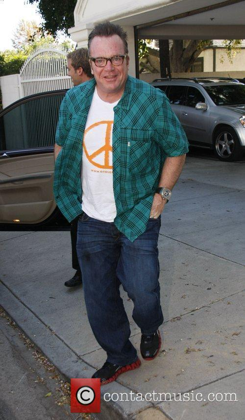 Tom Arnold at the Orange MS Cure Benefit...