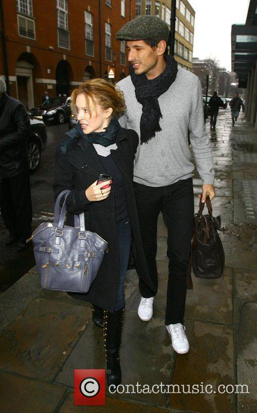 Kylie Minogue and Boyfriend Andres Velencoso 6