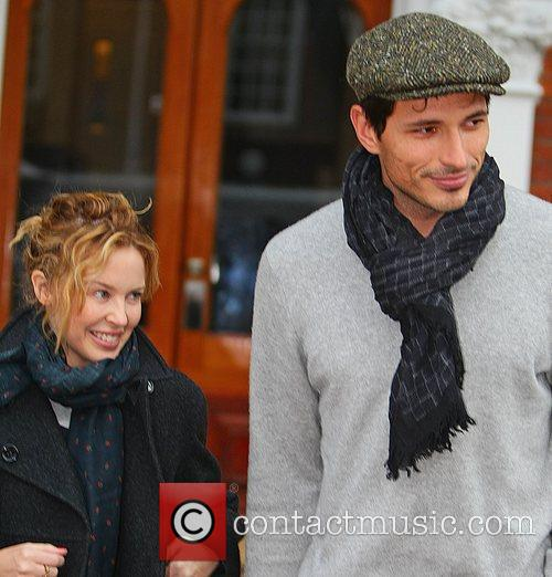 Kylie Minogue and boyfriend Andres Velencoso 10