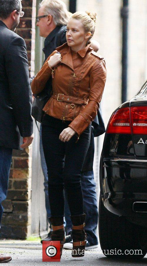 Kylie Minogue was spotted wearing no make-up as...