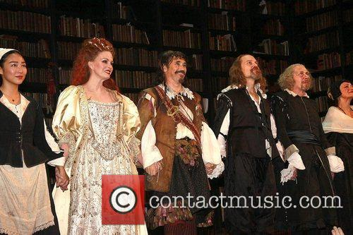 Joanna Lumley, David Hyde Pierce, Mark Rylance and The Music 8