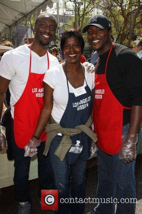 Aldis Hodge, Yolette Hodge and Edwin Hodge 2