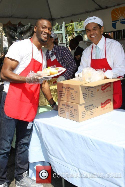 Aldis Hodge and Antonio Villaraigosa 1