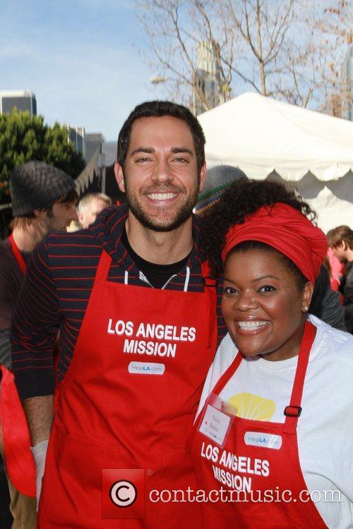Zachary Levi, Yvette Brown Celebrities volunteer on Christmas...
