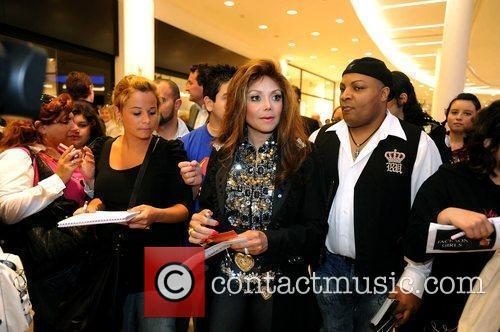 La Toya Jackson and Michael Jackson 13