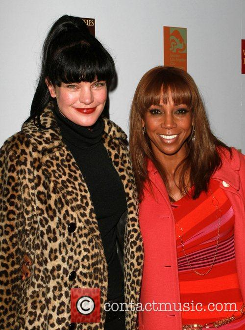 Pauley Perrette and Holly Robinson Peete 1