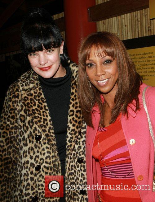 Pauley Perrette and Holly Robinson Peete 5