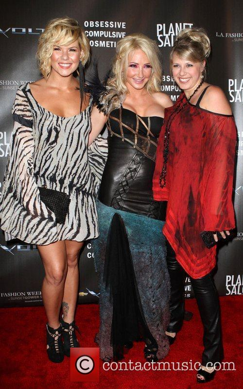 Kimberly Caldwell, Nikki Lund and Jodie Sweetin Los...