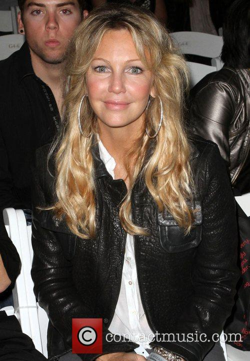 Heather Locklear 7