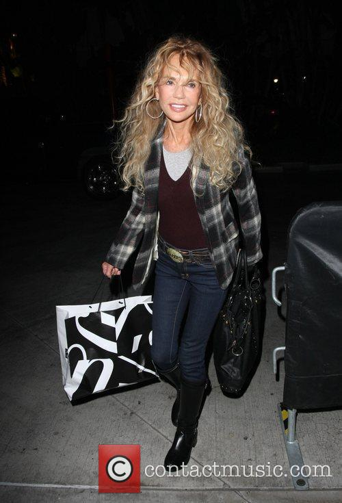 Dyan Cannon arriving to watch the LA Lakers...