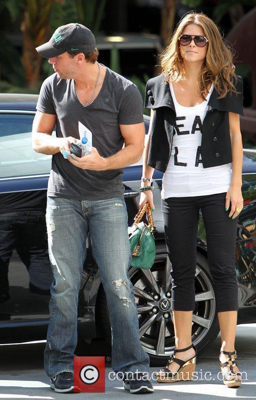 Dane Cook and Maria Menounos 5