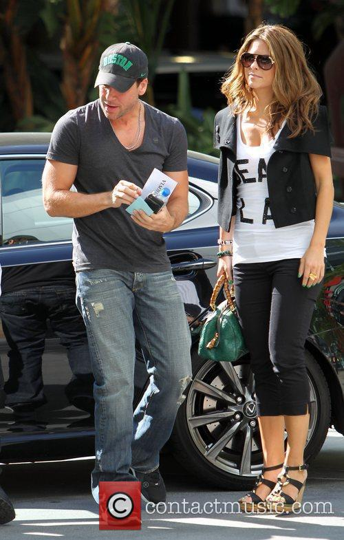 Dane Cook and Maria Menounos 6