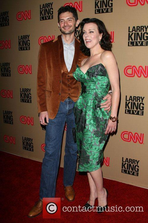 Debi Mazar and Larry King 6