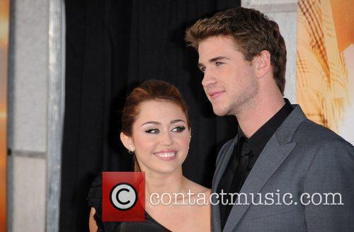 Miley Cyrus and Liam Hemsworth 10