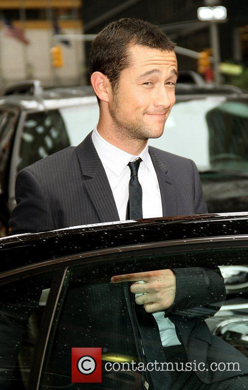 Joseph Gordon-levitt and David Letterman 7