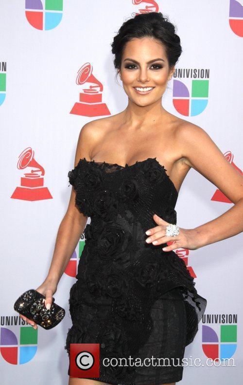 Latin Grammy S 9