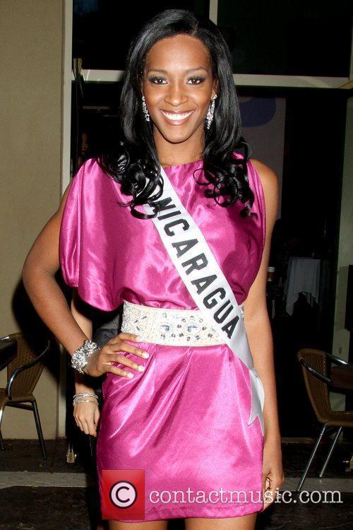 Scharlette Allen Moses, Miss Nicaragua 2010 Miss Universe...