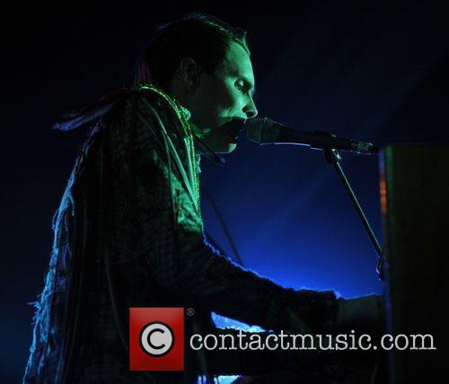 jonsi performs on day 4 of latitude festival 2929192