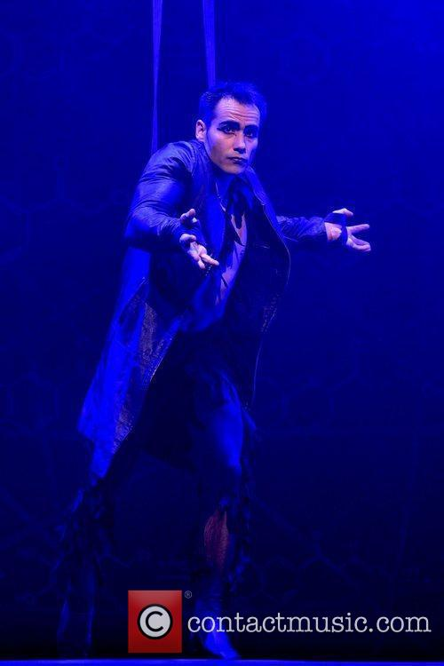 The Le Grande Cirque 9