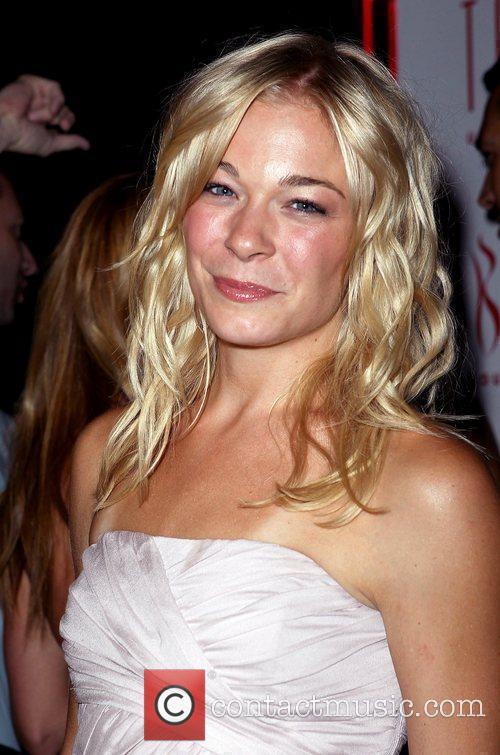 Leann Rimes, Las Vegas and Mgm 10