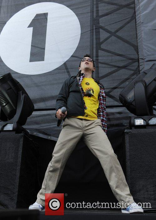 Weezer Leeds Festival 2010 at Bramhall Park -...