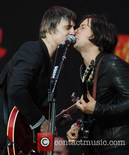 Pete Doherty, Carl Barat and The Libertines 11