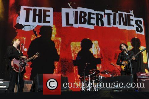 Pete Doherty, Carl Barat and The Libertines 9