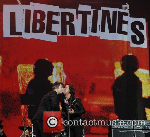 Pete Doherty, Carl Barat and The Libertines 3
