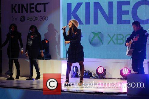 Leona Lewis and Xbox 7