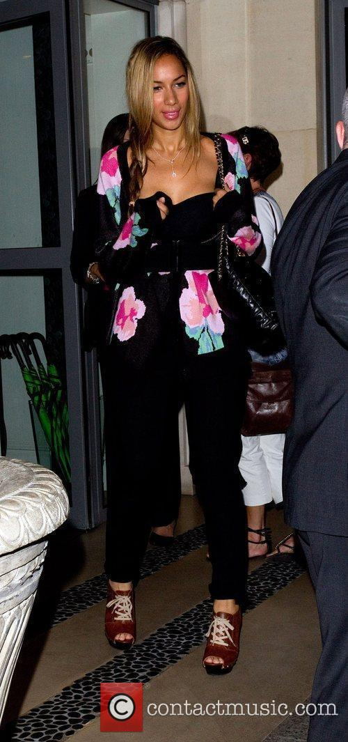 Leaving the Soho hotel ahead of her concert...