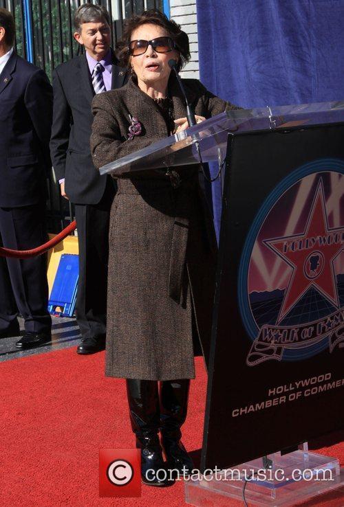 Leslie Caron 11