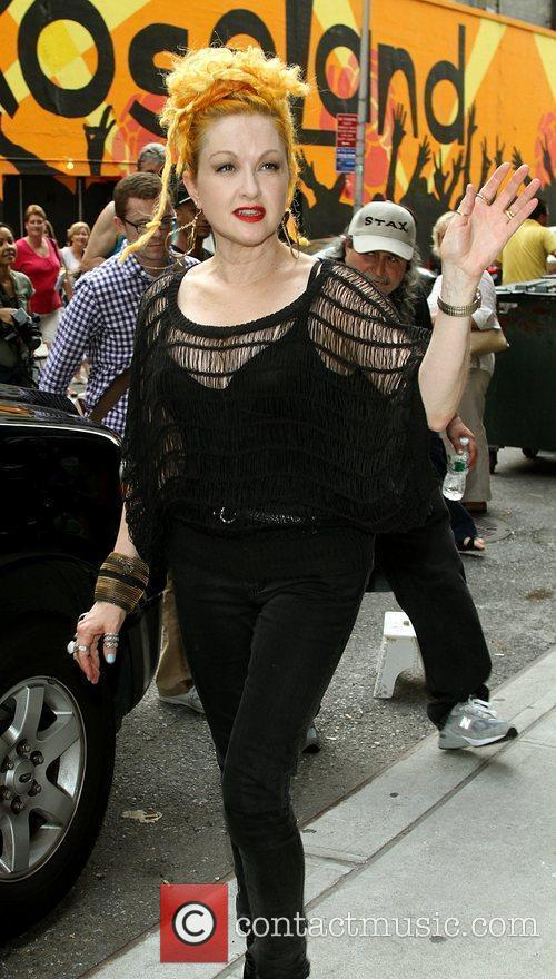 Cyndi Lauper and David Letterman 5