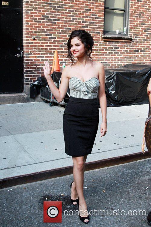 Selena Gomez and David Letterman 3