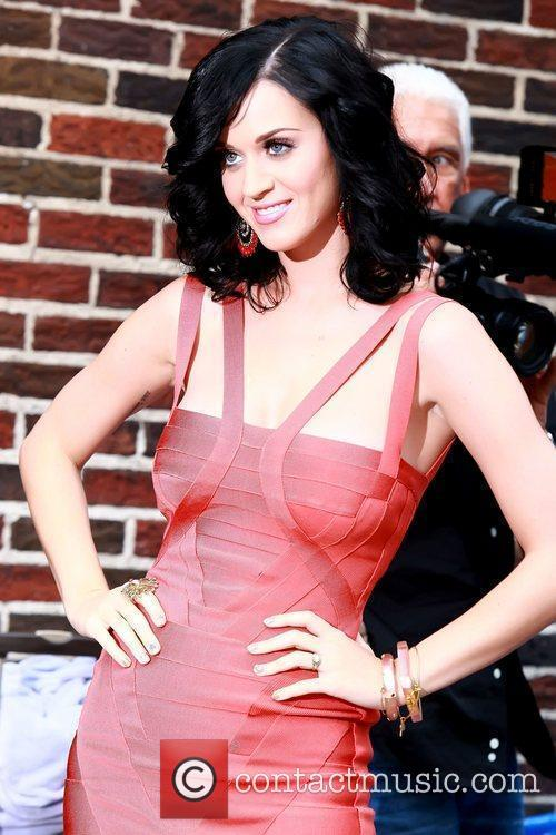 Katy Perry and David Letterman 6
