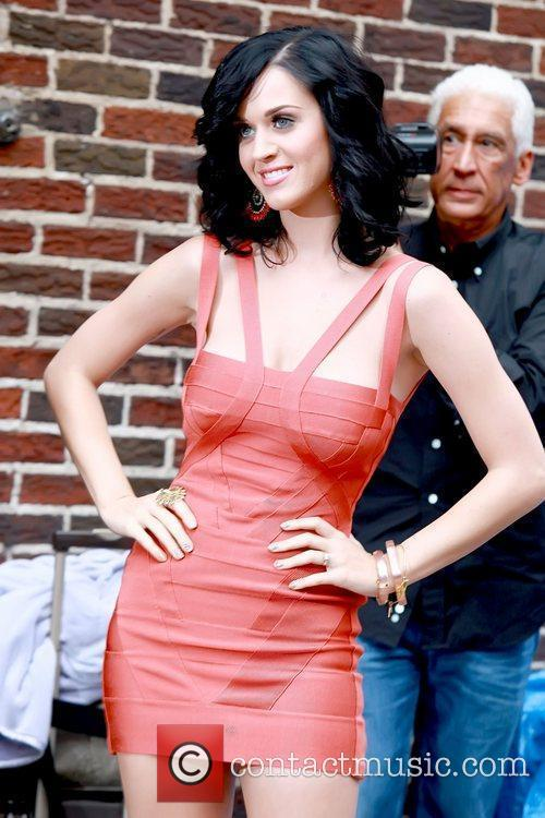 Katy Perry and David Letterman 4