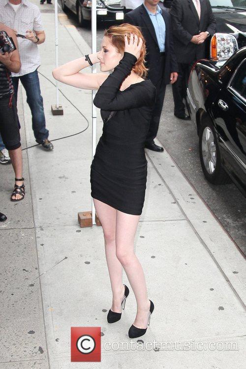 Kristen Stewart and David Letterman 7