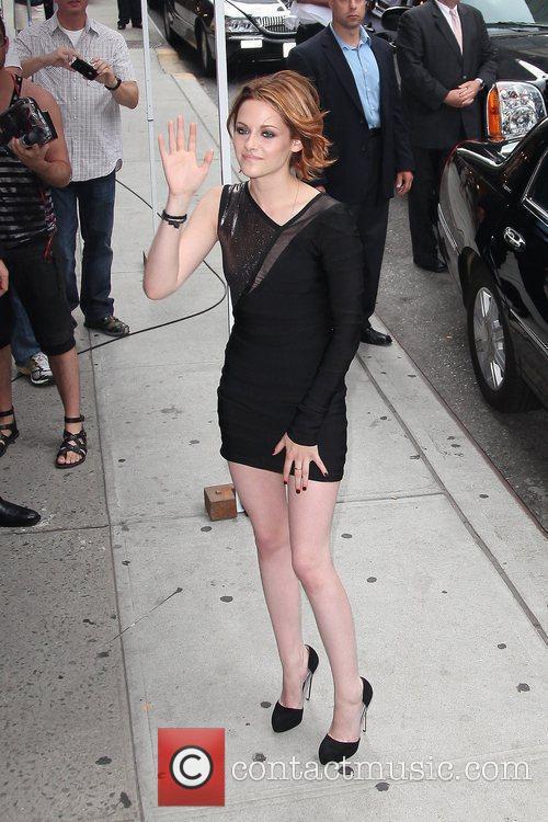 Kristen Stewart and David Letterman 5