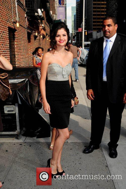 Selena Gomez and David Letterman 8